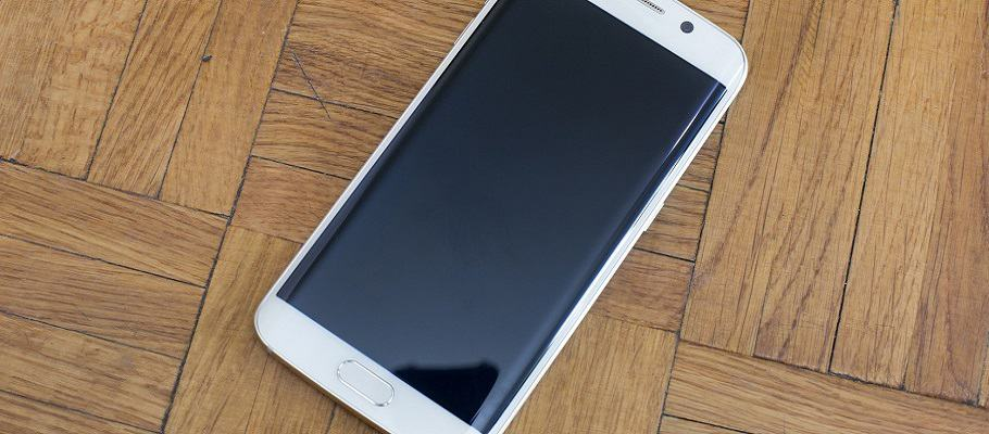 Samsung S6 Edge Closeup