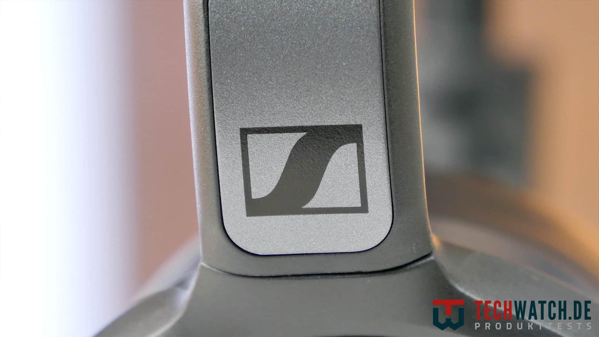 Sennheiser 4.40 BT Sennheiser Logo