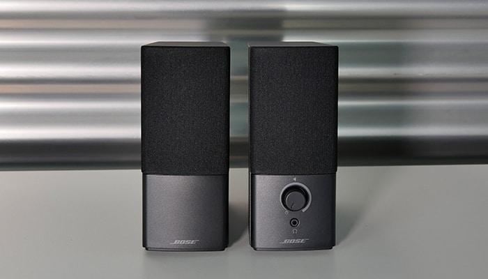 Bose typisch überzeugt das Companion 2 Serie III mit natürlichem Sound in einer seriöser Hülle.